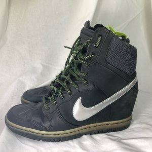 Nike sky high sneaker boot